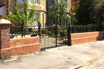 Cast iron railings and gates architectural metalwork ironwork